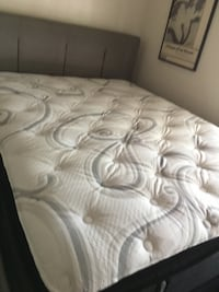 Sealy New Mattress-bought 3 days ago.  Queen with box spring. Tempe, 85284