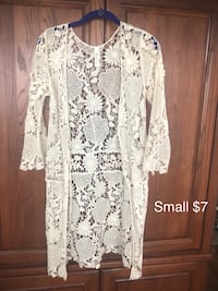 white and black floral scoop neck long sleeve dress San Angelo
