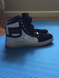 Black and white Jyunl high-top sneakers