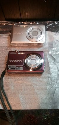 Coolpixs202 s220 by nikon 2 for $100