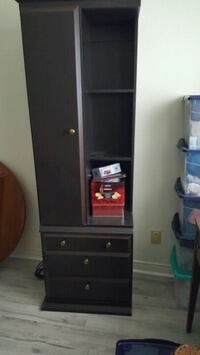Brown cabinet for sale Bradford West Gwillimbury, L3Z 2C7