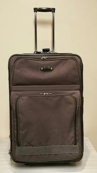 "26"" LUGGAGE Arlington, 22204"