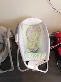Baby's white and gray bouncer Oakville, L6L 0L7