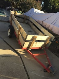 4x8  trailer that pulls easy and straight also folds up