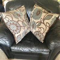 Brand New Better Homes and Garden Floral Decorative Pillows - Set of Two Markham, L3P 1B4