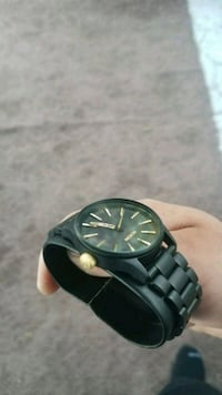 Nixon sentry 33 ss Los Angeles, 91042