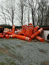 Drums barricades with tires each 07849, 07849