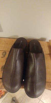 Brand New in Box!!  Mens Leather Mocca colour Romika Mokasso Slipper..size 12 Kitchener