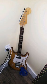 electric guitar Victoria, V8T 2T8