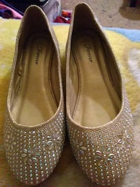 pair of gold Forever flats Thermal, 92274