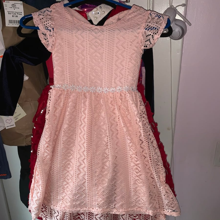 dresses, shoes all dresses 6 the pink dress and the pink one is s 4, bd9be76b-8a4c-4046-bc19-be6c1e49d627