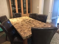 Dining table  Toronto, M2N 7G7