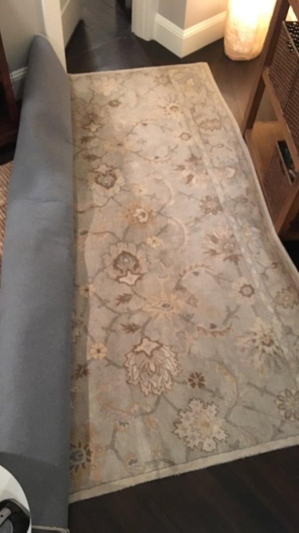 Pottery barn area rug 9 x 12 100% wool