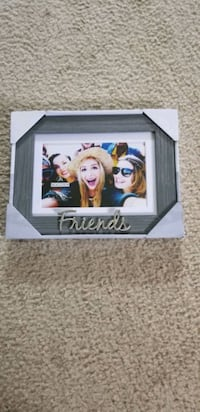 Picture Frame  ( Friends)