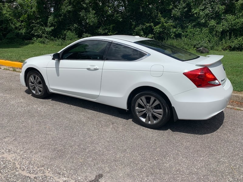 Only 100k miles even, MD state inspected 2011 Honda Accord Coupe EXL fully loaded $8500 obo  b631c62e-be18-4261-ade4-1e155533d785