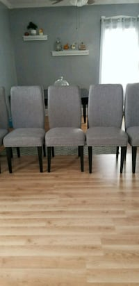 6 dining chairs and like new condition I bought them 1 month ago