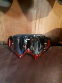 black and red framed sunglasses Victoria, V8X