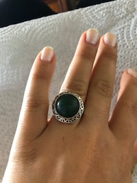 Large sterling silver cocktail ring with green stone Toronto, M2R 3N1
