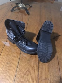 Size 8 new womans Harpers Ferry, 25425