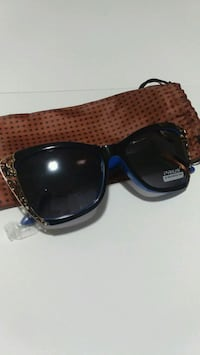 black-tinted Prius oversize sunglasses with drawstring pouch Milton, L9T 6X5
