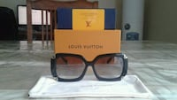 Louis Vuitton sunglasses for women  Montréal, H3H 2L3