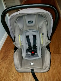 Evenflo car seat with base 8 km