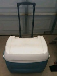 Cooler,25 $ FIRM price Vacaville, 95687