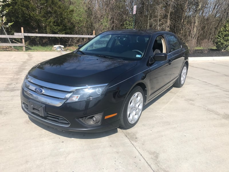 Ford - Fusion - 2011 230c661c-3342-43d9-89b2-bfdb67e3af38