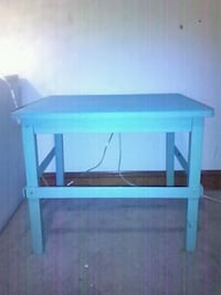 blue wooden table. Winchester, 22601