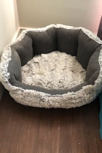 Pet bed Burlington, L7S 1N1