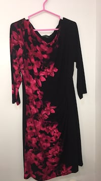 Black and red floral long-sleeved dress Vaughan