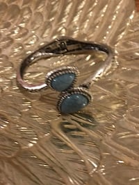 Pretty!! Silver Turquoise Stone Bracelet Gainesville, 20155