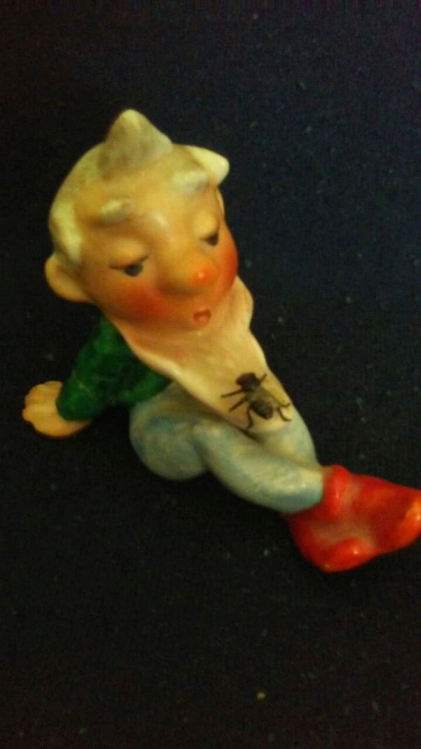 MADE IN 1930's GERMANY NOME FIGURINE WITH FLY ON   1cf7774a-1b84-42c2-8f24-d2bcdc174244