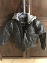 Fall jacket size 6/7 Montreal, H1J 1G2