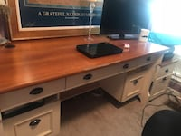 Desk, file cabinet and chair LaFayette, 30728