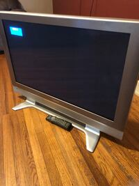 "36"" Panasonic flat screen also comes with remote Jacksonville, 28540"