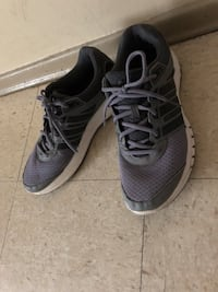 Pair of gray-and-black adidas  running shoes size 10 Winnipeg, R2L 1P8