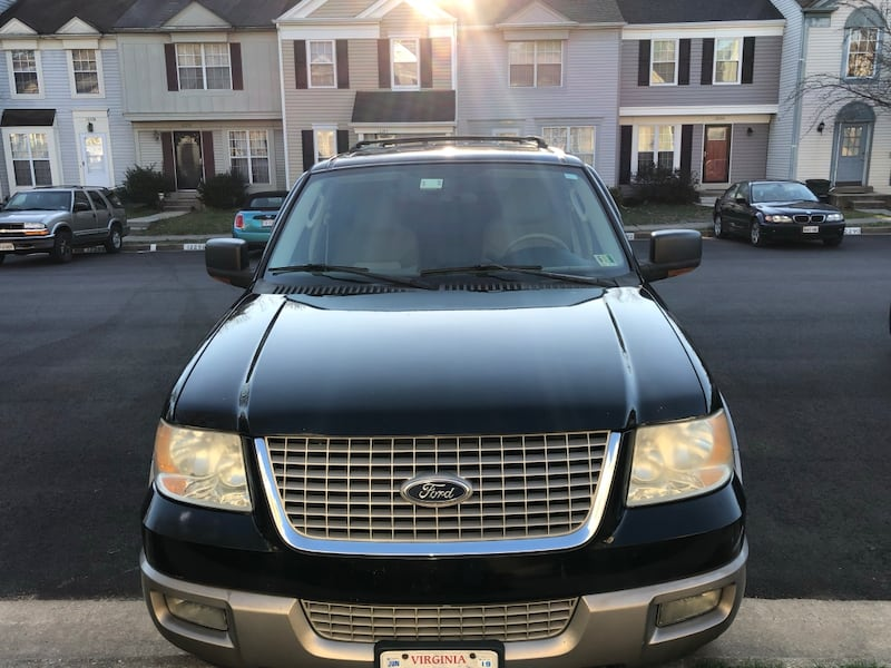 Ford - Expedition - 2003 96f2fe65-e4c8-4508-af04-9b430ab8a036
