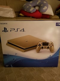 Brand new GOLD PlayStation 4 Slim 1 TB Console (Discontinued) Riverside, 92506