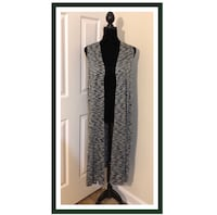 EUC LuLaRoe Joy Vest..Forest Green & White..HTF..Size M (10-12).. Pre-Owned in Excellent Used Condition..Rarely Used Like New! This is a lightweight Sweater Material.. Goes well with any outfit especially Jeans!! 100% Acrylic ..Made in Vietnam..LuLaRoe ha Virginia Beach, 23451