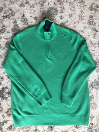Tommy Hilfiger sweater  Winnipeg, R3T 0T2