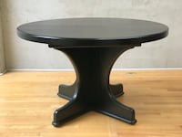 Solid Oak expandable table w/ 4 leather chairs