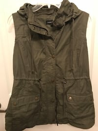 Green button-up hooded vest Conway, 29526