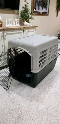 Dog Crate XL like new!