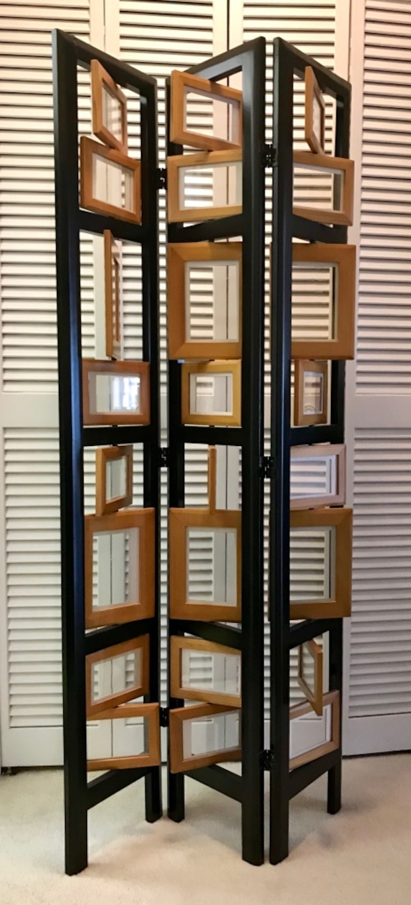 Trifold photo- 3 panel room divider- Excellent condition  b4bae8ab-abd2-494a-9b20-bc54d0313fba