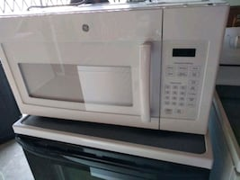 White general electric microwave oven