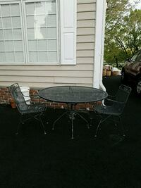Out door table and chairs Germantown, 20874