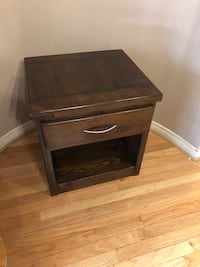 """Night / Side / End table, solid wood in great condition (22""""w x 24""""h x 20""""d) Toronto, M4E 3W7"""
