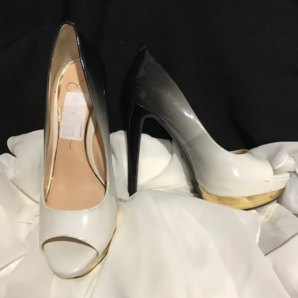 a8a04e5a990 Used White and black patent leather peep toe heeled shoes Jessica Simpson  for sale in Irving - letgo