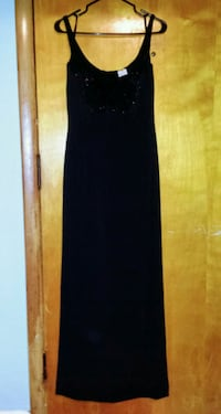 New L'POGEE Formal Dress Winnipeg, R3E 0R8